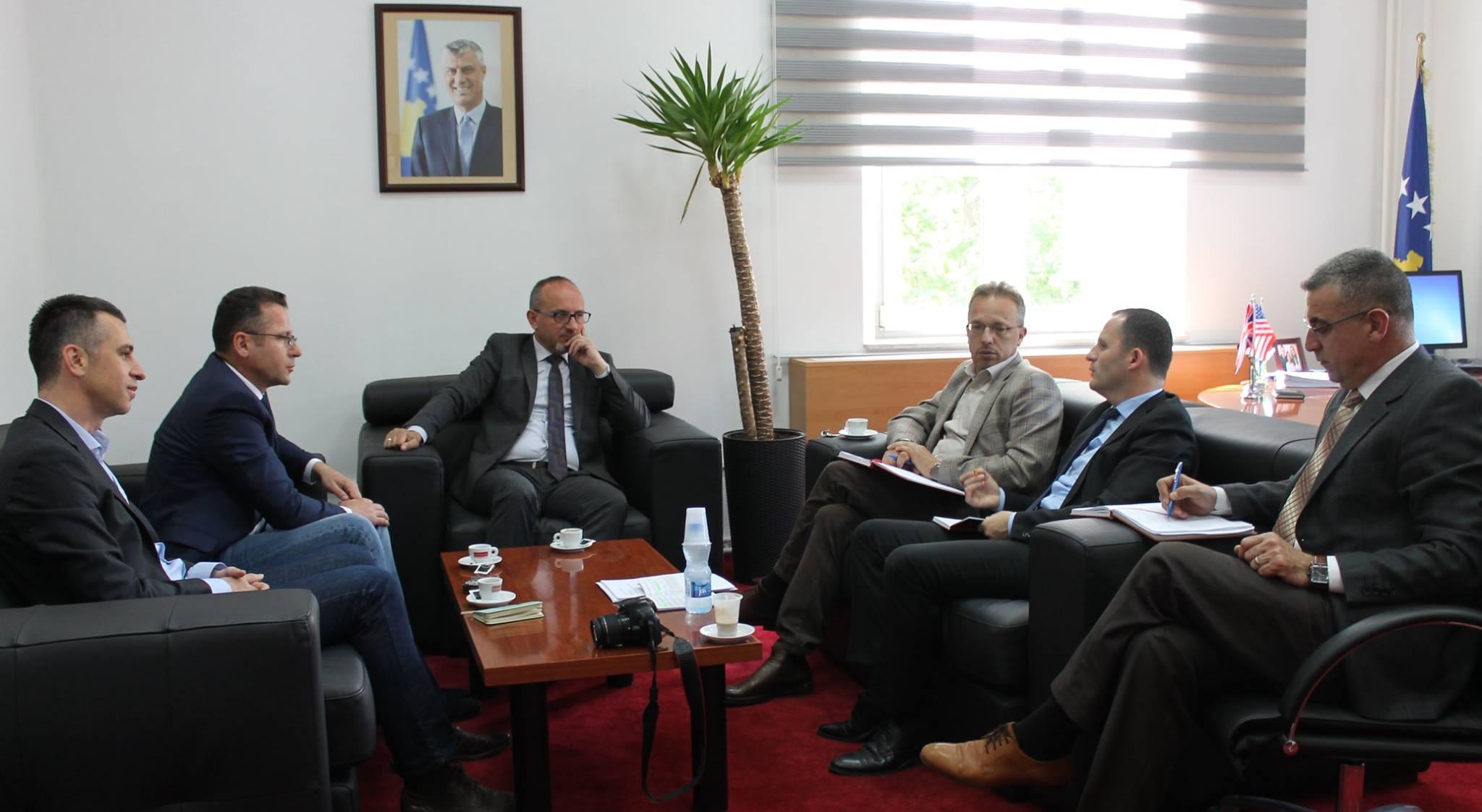 Takimi i Koalicionit Antiduhan, me Ministrin e Shëndetësisë
